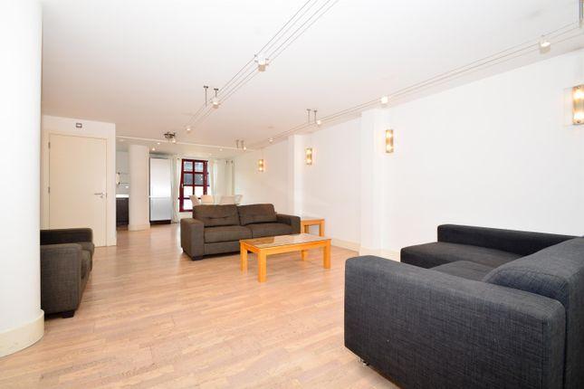 Thumbnail Maisonette to rent in Quaker Street, London