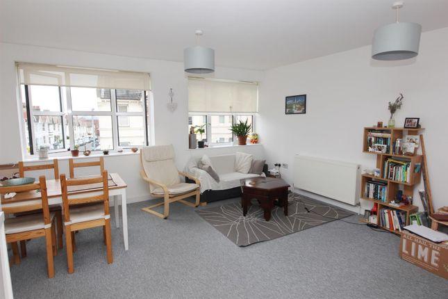 Living Room of Payne Avenue, Hove BN3