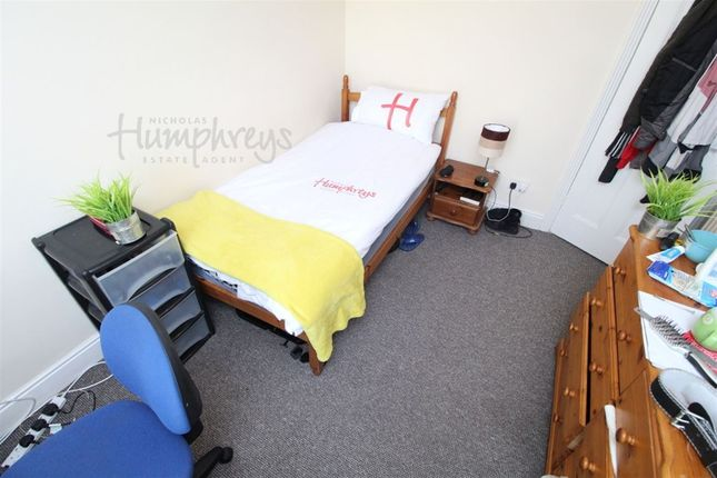 Thumbnail Shared accommodation to rent in Mafeking Road, Southsea