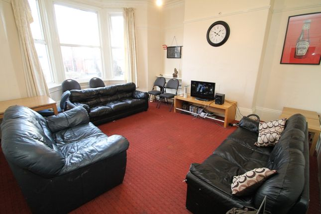 Thumbnail Terraced house to rent in All Bills Included, Cardigan Road, Headingley