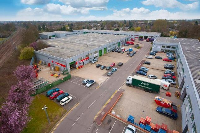 Industrial to let in Unit 11 North Orbital Commercial Park, Napsbury Lane, St. Albans