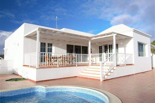 5 bed villa for sale in Puerto Del Carmen, Lanzarote, Spain