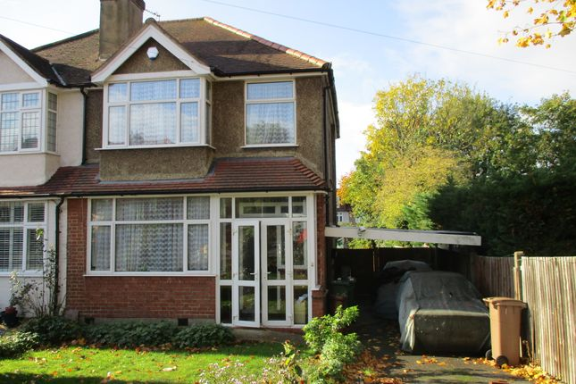 3 bed semi-detached house to rent in Braemar Road, Worcester Park KT4