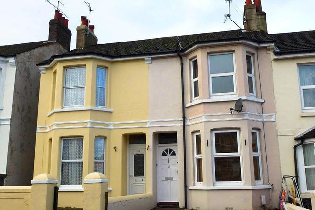 Thumbnail Property to rent in Sugden Road, Worthing