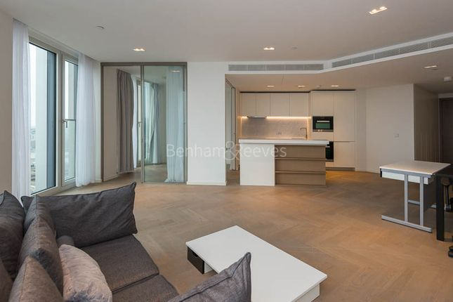 Thumbnail Flat to rent in Southbank Tower, Upper Ground