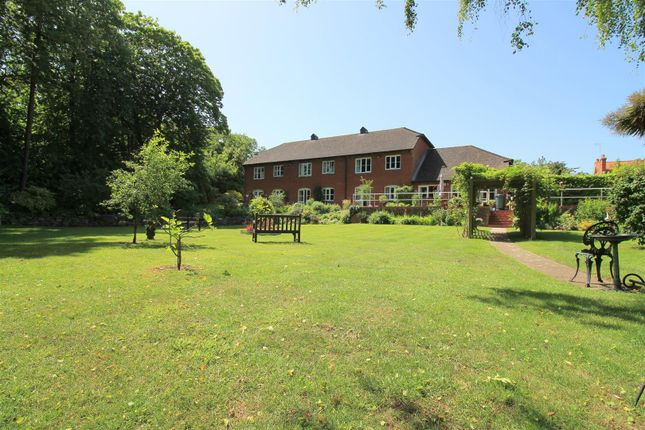 Thumbnail Flat for sale in Goring Road, Steyning