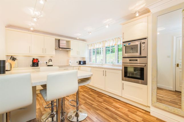 Thumbnail Flat for sale in Nore Road, Portishead, Bristol