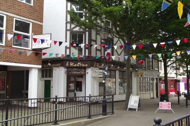 Thumbnail Maisonette to rent in Bench Street, Dover