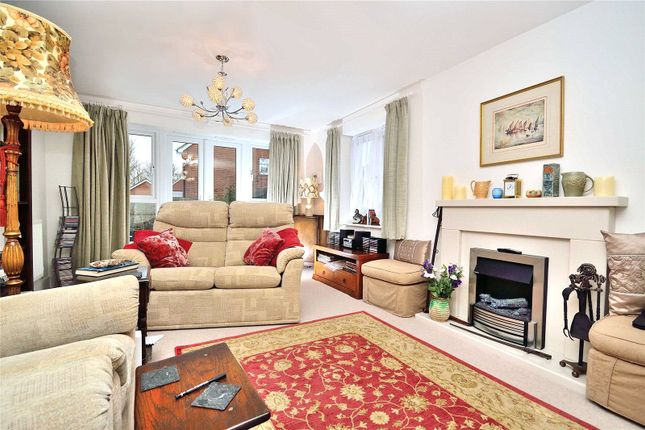 Lounge of Sanditon Way, Worthing, West Sussex BN14