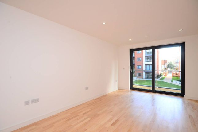 Thumbnail Flat to rent in Putney Square, Putney