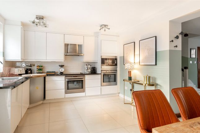 Thumbnail Terraced house to rent in Southwick Street, Bayswater, London