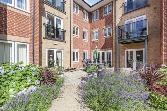 1 bed flat for sale in Mulberry Court, Enderby Road, Blaby, Leicester LE8