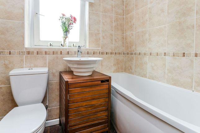 Bathroom of Invicta Close, Chislehurst BR7
