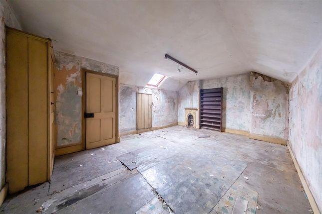 Third Bedroom of Gleneagle Road, London SW16