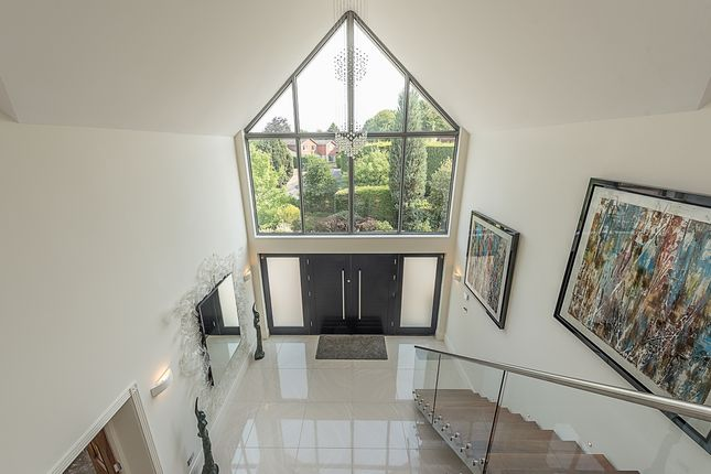 Thumbnail Detached house to rent in Wayside Gardens, Gerrards Cross
