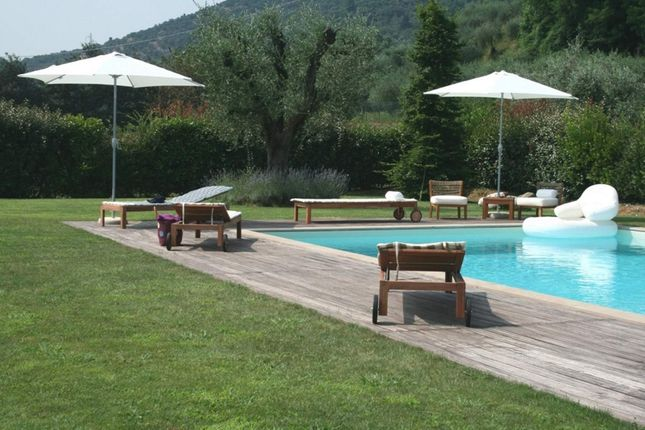 3 bed town house for sale in Lucca Lucca, Italy