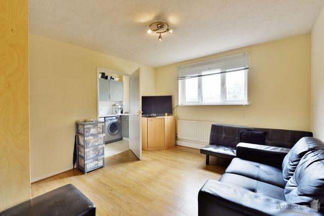 Thumbnail Flat to rent in Royal Connaught Road, Royal Docks