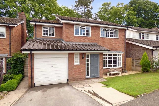 4 bed detached house for sale in Birch Avenue, Macclesfield, Cheshire