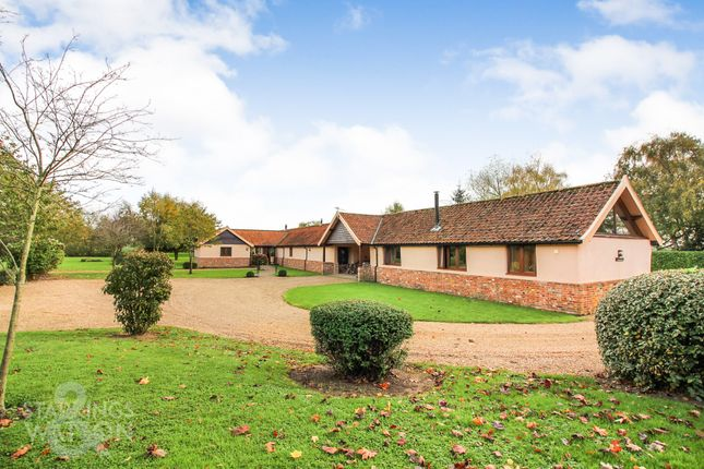 Thumbnail Barn conversion for sale in The Green, Morningthorpe, Norwich