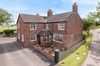 Thumbnail Detached house for sale in Orchard Cottage, Elton Lane, Winterley, Sandbach