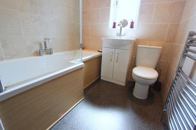 Bathroom of Geneva Crescent, Darlington DL1