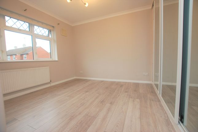 Bedroom 1 of Hazeleigh Gardens, Woodford Green IG8