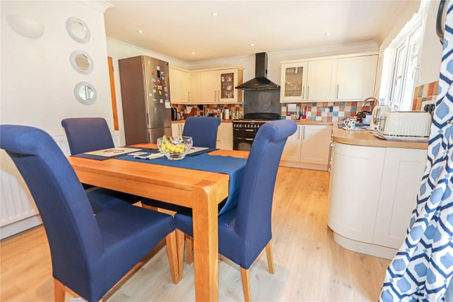 Picture No. 31 of Lagoon View, West Yelland, Barnstaple EX31