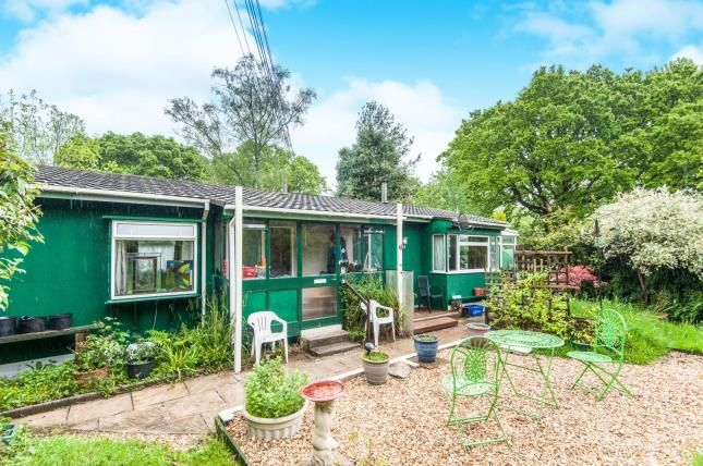 Thumbnail Mobile/park home for sale in Pathfinder Village, Exeter, Devon