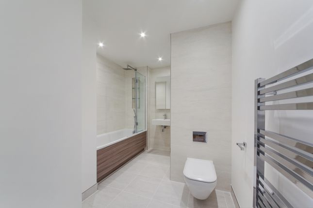Bathroom of Reverence House, Colindale Gardens, Colindale NW9