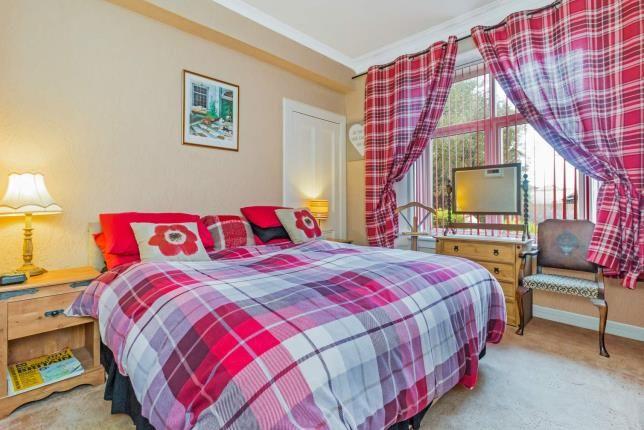 Bedroom 1 of Dean Road, Kilbirnie, North Ayrshire KA25
