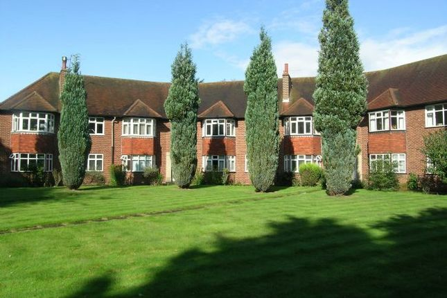 Thumbnail Flat to rent in St. Anthonys Court, Beaconsfield