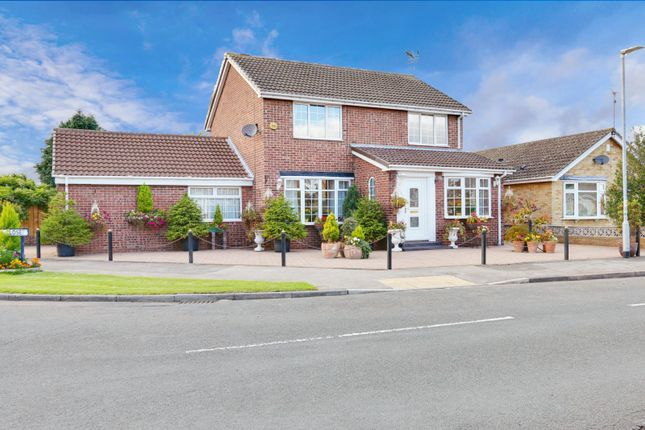 Thumbnail Detached house for sale in Oakwood Close, Hull, East Riding Of Yorkshire