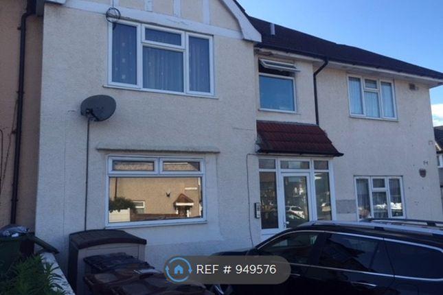 Thumbnail Flat to rent in Crosby Road, Dagenham