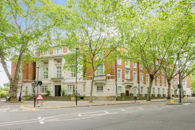 Thumbnail Flat for sale in Rosebery Avenue, Islington, London