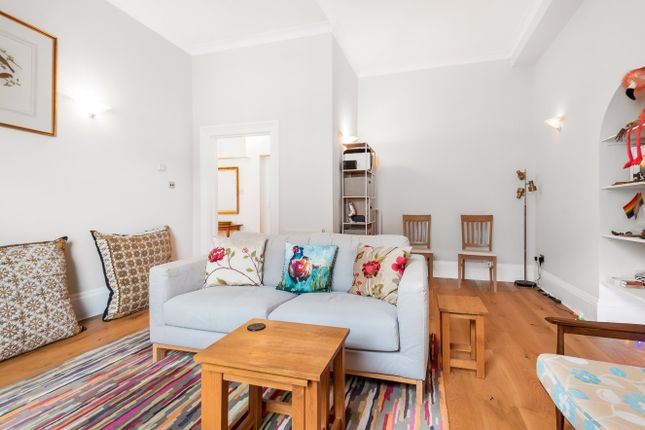 Thumbnail Flat for sale in Collingham Road, London