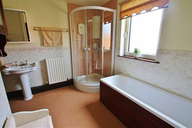 Bathroom of The Old Coach House, Howe Lane, Goxhill DN19