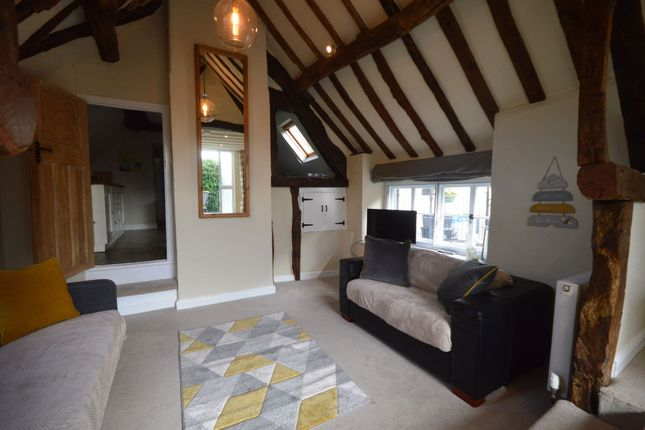 2 bed flat for sale in Cricklade Street, Cirencester GL7