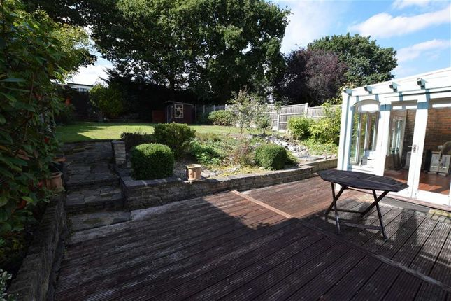 Thumbnail Link-detached house for sale in Botelers, Lee Chapel South, Basildon, Essex