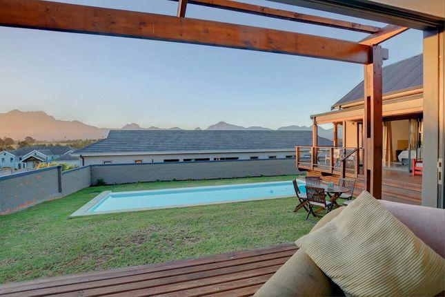 Geo1322058 of Close, Heather Park, George, 6529, South Africa