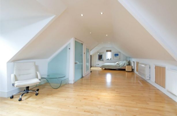 Thumbnail Town house for sale in Alley Road, London