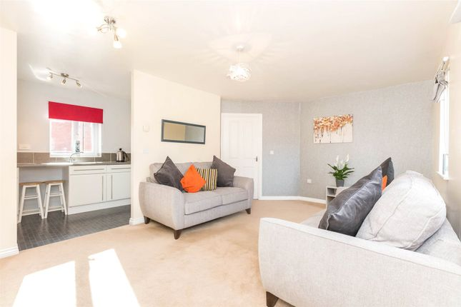 Thumbnail Flat to rent in Parker Way, Sheffield, South Yorkshire