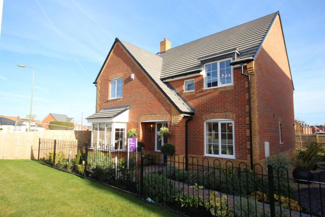 Thumbnail Detached house for sale in Brunel Rise, Harwell