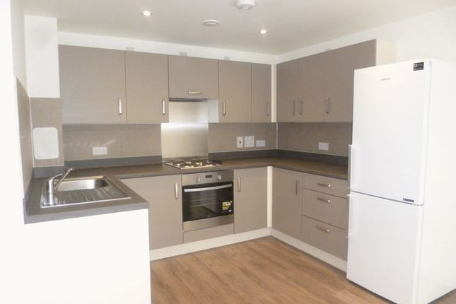 1 bed flat to rent in Stoke Road, Slough SL2