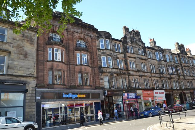 2 bed flat to rent in Barnton Street, Stirling