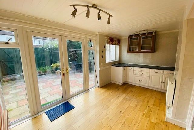 Thumbnail Town house to rent in Willow Wood Crescent, London