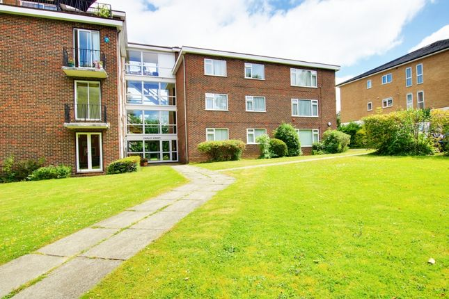 Thumbnail Flat to rent in Mays Hill Road, Bromley