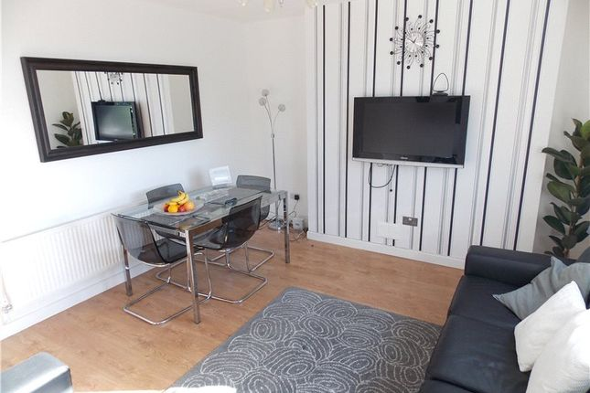 Thumbnail Flat to rent in Kingswood Estate, London