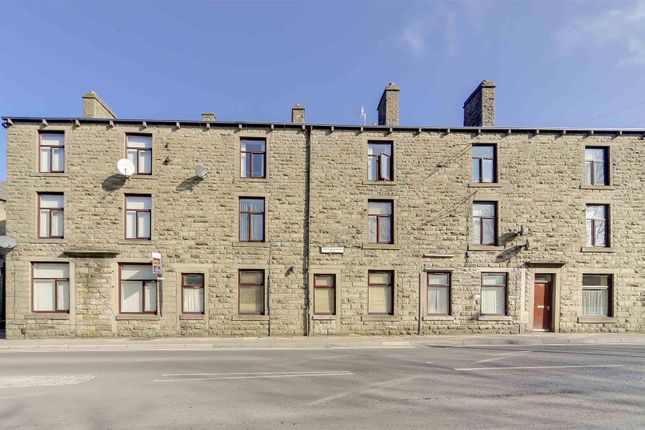 Thumbnail Flat to rent in Bacup Road, Waterfoot, Rossendale