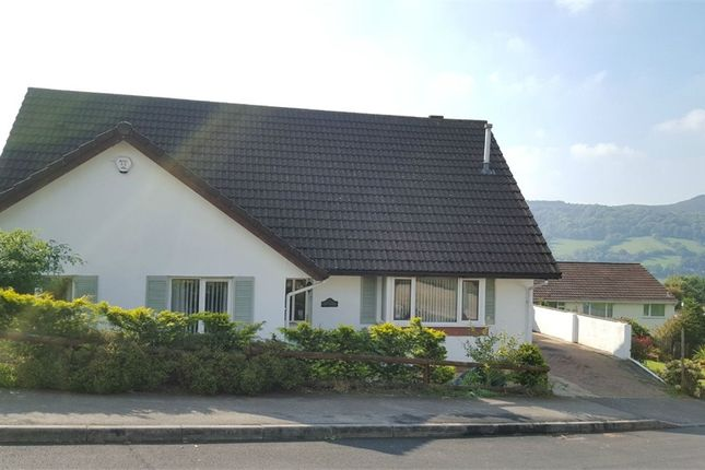 5 bed detached bungalow for sale in Snowdon Close, Risca, Newport, Caerphilly