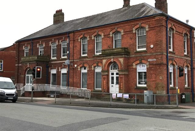 Thumbnail Office to let in Former Civic Centre, 122 Station Road, Bamber Bridge